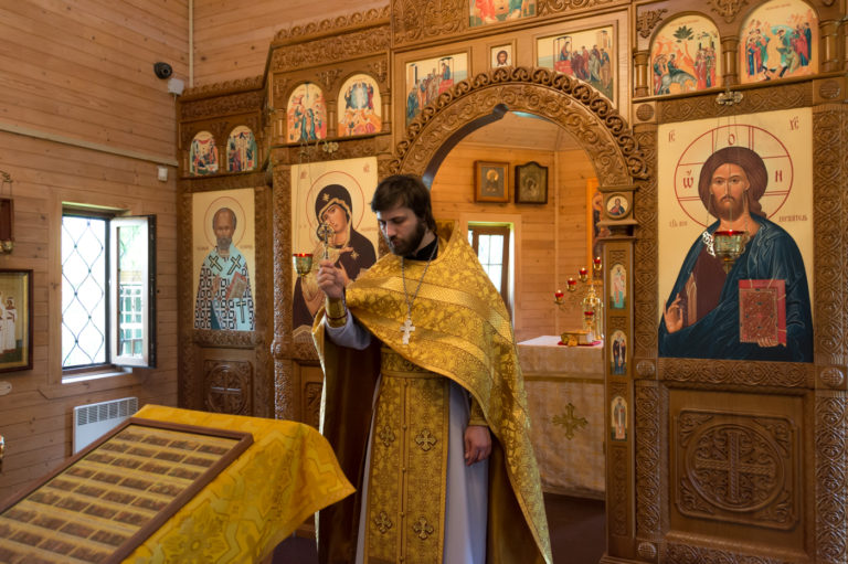 Литургия в день памяти всех святых