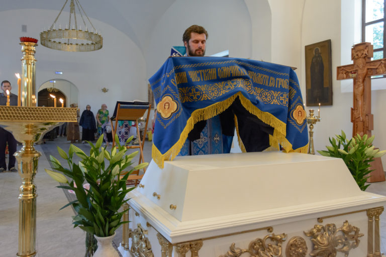 Богослужение в праздник Успения Пресвятой Богородицы