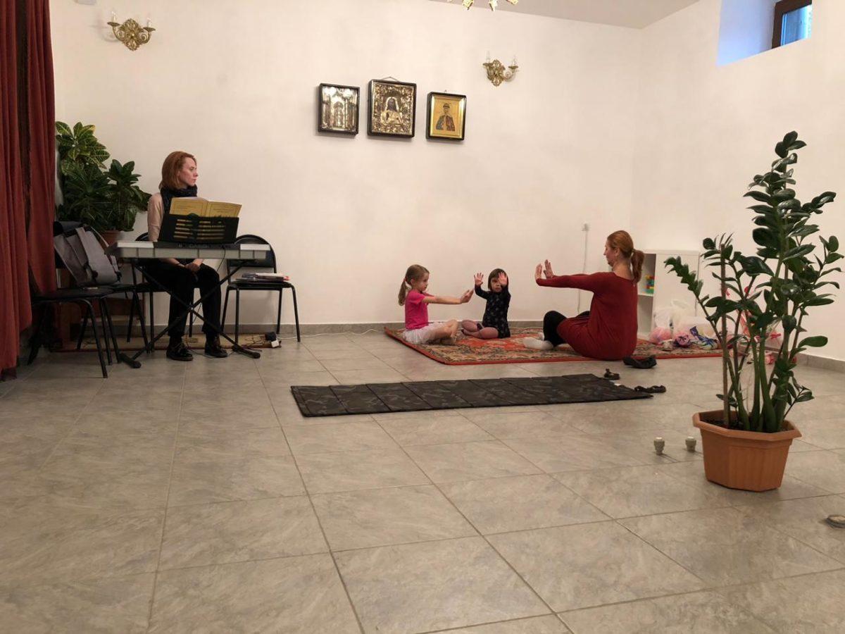 Детские занятия музыкальным движением