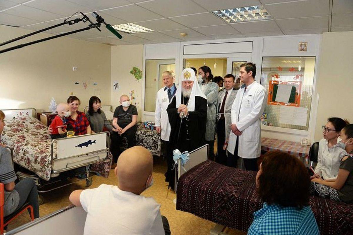 Посещение Патриархом Кириллом НИИ детской онкологии и гематологии в день Рождества Христова